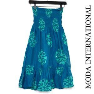 🖤 MODA INTERNATIONAL STRAPLESS DRESS